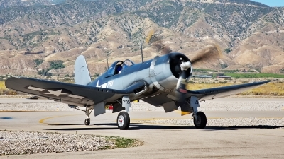 Photo ID 193464 by W.A.Kazior. Private Planes of Fame Air Museum Vought F4U 1A Corsair, NX83782