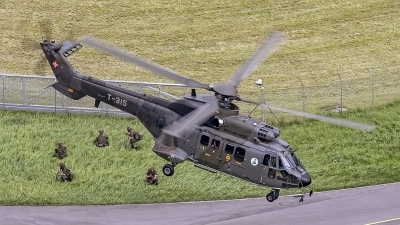 Photo ID 193526 by Martin Thoeni - Powerplanes. Switzerland Air Force Aerospatiale AS 332M1 Super Puma, T 315