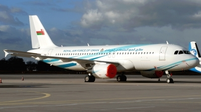 Photo ID 195089 by Hans-Werner Klein. Oman Air Force Airbus A320 214XCJ, 556