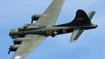 Photo ID 196021 by Steve Homewood. Private B 17 Preservation Ltd Boeing B 17G Flying Fortress 299P, G BEDF