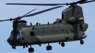 Photo ID 196330 by Lukas Kinneswenger. UK Air Force Boeing Vertol Chinook HC2 CH 47D, ZA675