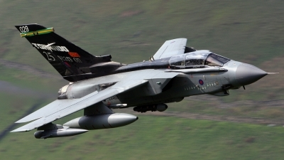 Photo ID 23449 by Scott Rathbone. UK Air Force Panavia Tornado GR4, ZA469