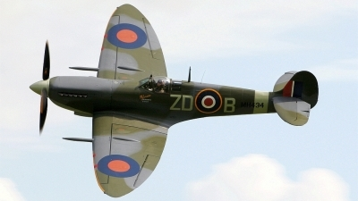 Photo ID 23489 by Jake Dalton. Private Private Supermarine 361 Spitfire LF9B, G ASJV