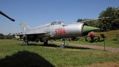 Photo ID 197236 by Carl Brent. Poland Air Force Mikoyan Gurevich MiG 21bis, 9204