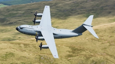 Photo ID 198020 by James Walters. UK Air Force Airbus Atlas C1 A400M, ZM415