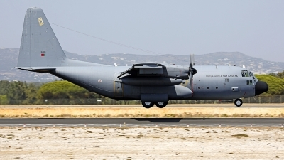 Photo ID 199365 by Fernando Sousa. Portugal Air Force Lockheed C 130H Hercules L 382, 16805
