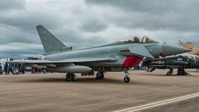 Photo ID 211773 by Martin Thoeni - Powerplanes. UK Air Force Eurofighter Typhoon FGR4, ZK334