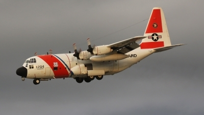 Photo ID 200013 by Coert van Breda. USA Coast Guard Lockheed HC 130H Hercules L 382, 1704