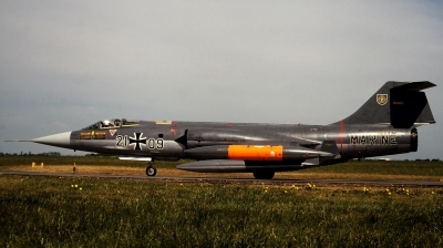 Photo ID 199975 by Alex Staruszkiewicz. Germany Navy Lockheed RF 104G Starfighter, 21 09