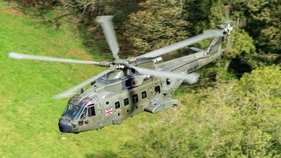 Photo ID 200107 by Paul Massey. UK Navy Agusta Westland Merlin HC3A Mk512, ZJ998