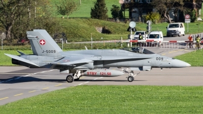 Photo ID 200200 by Adrian Stürmer. Switzerland Air Force McDonnell Douglas F A 18C Hornet, J 5009