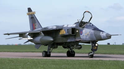 Photo ID 200267 by Chris Lofting. UK Air Force Sepecat Jaguar GR1, XZ391