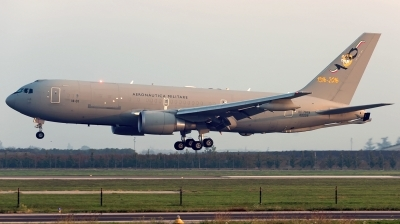 Photo ID 200368 by Varani Ennio. Italy Air Force Boeing KC 767A 767 2EY ER, MM62226