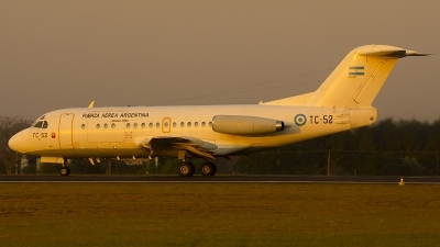 Photo ID 201389 by Sergio Marcelo Allende. Argentina Air Force Fokker F 28 1000C Fellowship, TC 52