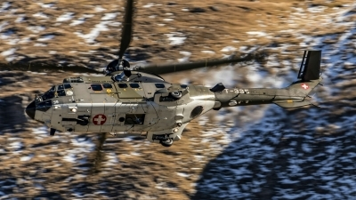Photo ID 202093 by Martin Thoeni - Powerplanes. Switzerland Air Force Aerospatiale AS 532UL Cougar, T 335