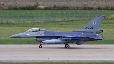 Photo ID 202781 by Milos Ruza. Netherlands Air Force General Dynamics F 16AM Fighting Falcon, J 006