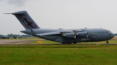 Photo ID 202891 by Lukas Kinneswenger. UK Air Force Boeing C 17A Globemaster III, ZZ176