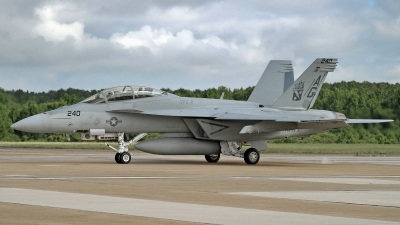 Photo ID 203023 by David F. Brown. USA Navy Boeing F A 18F Super Hornet, 166625