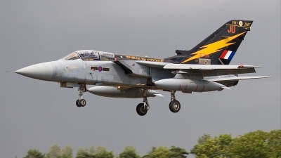 Photo ID 23930 by Alex van Noye. UK Air Force Panavia Tornado F3, ZE734