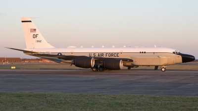 Photo ID 203246 by Chris Lofting. USA Air Force Boeing RC 135S Cobra Ball 717 148, 61 2662