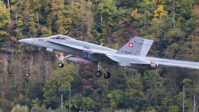 Photo ID 203258 by Agata Maria Weksej. Switzerland Air Force McDonnell Douglas F A 18C Hornet, J 5019