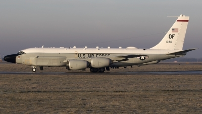Photo ID 203297 by Chris Lofting. USA Air Force Boeing RC 135W Rivet Joint 717 158, 62 4134