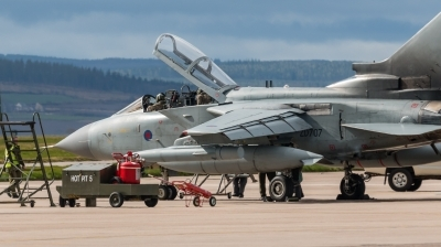 Photo ID 205021 by Mike Macdonald. UK Air Force Panavia Tornado GR4, ZD707