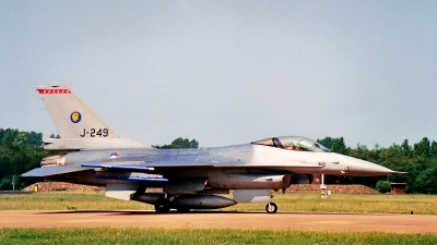 Photo ID 206845 by Jan Eenling. Netherlands Air Force General Dynamics F 16A Fighting Falcon, J 249