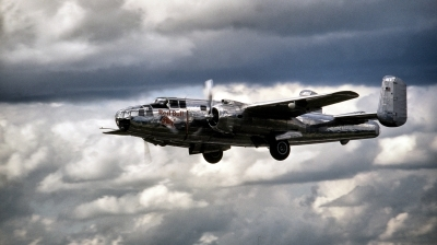 Photo ID 210970 by Alex Staruszkiewicz. Private Red Bull North American B 25J Mitchell, N6123C