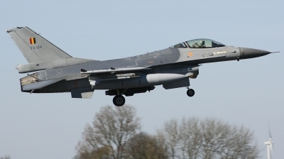 Photo ID 204241 by Arie van Groen. Belgium Air Force General Dynamics F 16AM Fighting Falcon, FA 124