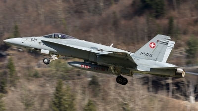 Photo ID 204443 by Thomas Ziegler - Aviation-Media. Switzerland Air Force McDonnell Douglas F A 18C Hornet, J 5021