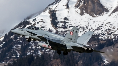 Photo ID 204700 by Thomas Ziegler - Aviation-Media. Switzerland Air Force McDonnell Douglas F A 18C Hornet, J 5006