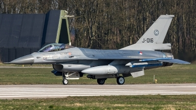 Photo ID 204693 by Thomas Ziegler - Aviation-Media. Netherlands Air Force General Dynamics F 16AM Fighting Falcon, J 016