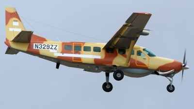 Photo ID 204853 by Alejandro Hernández León. Chad Air Force Cessna 208B Grand Caravan EX, N329ZZ