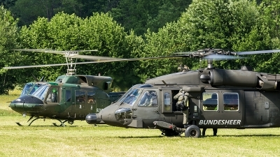 Photo ID 204937 by Thomas Ziegler - Aviation-Media. Austria Air Force Sikorsky S 70A 42 Black Hawk, 6M BH