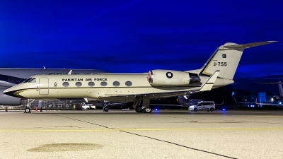 Photo ID 205106 by Thomas Ziegler - Aviation-Media. Pakistan Air Force Gulfstream Aerospace G IV SP Gulfstream IV, J 755