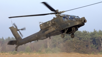 Photo ID 205340 by Robert Flinzner. Netherlands Air Force Boeing AH 64DN Apache Longbow, Q 16