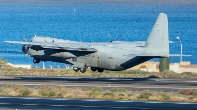Photo ID 205385 by Adolfo Bento de Urquia. Spain Air Force Lockheed C 130H 30 Hercules L 382, TL 10 01