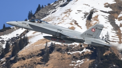 Photo ID 205618 by Luca Fahrni. Switzerland Air Force McDonnell Douglas F A 18C Hornet, J 5006