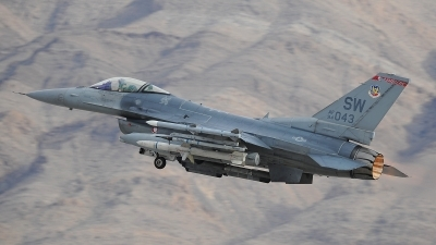 Photo ID 205790 by Peter Boschert. USA Air Force General Dynamics F 16C Fighting Falcon, 94 0043