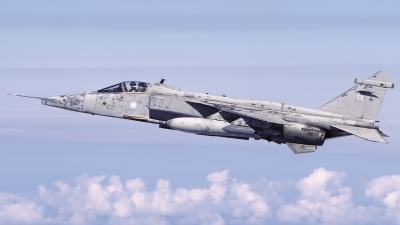 Photo ID 205820 by Chris Lofting. UK Air Force Sepecat Jaguar GR3A, XX737