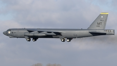 Photo ID 205935 by Chris Lofting. USA Air Force Boeing B 52H Stratofortress, 61 0005
