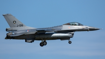 Photo ID 206073 by Thomas Ziegler - Aviation-Media. Netherlands Air Force General Dynamics F 16AM Fighting Falcon, J 016