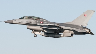 Photo ID 206091 by Sven Neumann. Denmark Air Force General Dynamics F 16BM Fighting Falcon, ET 197
