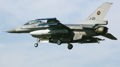 Photo ID 206271 by Arie van Groen. Netherlands Air Force General Dynamics F 16AM Fighting Falcon, J 011