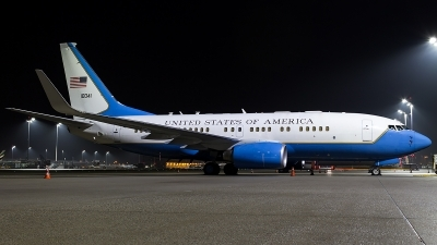 Photo ID 206226 by Thomas Ziegler - Aviation-Media. USA Air Force Boeing C 40B 737 7CP BBJ, 01 0041