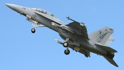 Photo ID 24225 by Ian Older. USA Navy Boeing F A 18F Super Hornet, 166658