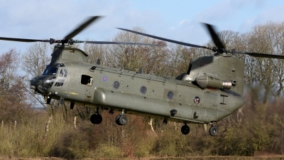 Photo ID 206275 by Mike Hopwood. UK Air Force Boeing Vertol Chinook HC6A CH 47F, ZH892