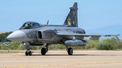 Photo ID 206334 by Adolfo Bento de Urquia. Czech Republic Air Force Saab JAS 39C Gripen, 9236