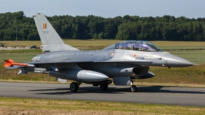 Photo ID 206384 by Thomas Ziegler - Aviation-Media. Belgium Air Force General Dynamics F 16BM Fighting Falcon, FB 22